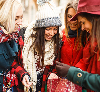 Make or Break this Holiday Season: 3 tips to Convert High Intent Shoppers with Low Brand Consideration
